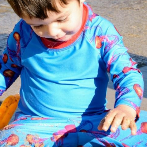 As we begin a new week, we'd like to highlight some of our customers who are proactive about UV safety by purchasing high-quality UPF clothing for their #children. Thank you for sharing your photos with us and show us how easy it is to stay safe in the sun. Do you want to see your photo included in a future #SpotlightSunday? Post in on social media and tag us! Photo: JK . . . #UVSafety #highqualityupfclothing #staysafeinthesun #outdoorfun #outdoorfreedom #happiness #SunPopLife #sunprotectionforkids #upf50 #rashguards #eco #sunprotectiveclothing #longsleevesrashguards #sunsuits #sunblockingleggingsforkids #upfleggings #uvprotection #sunsafety #funinthesun #betterthansunblock #sunscreenalternative #sunburnprevention #kidshealth #instantsunprotection #melanomaprevention #momsessentials #besunsmart #familyactivities
