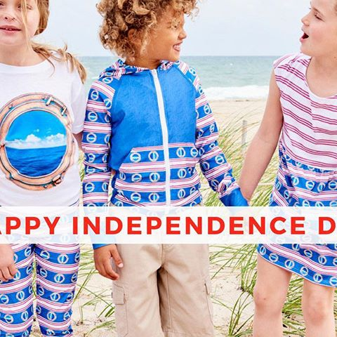 On #IndependenceDay, We honor the heroes,  We recognize the brave,  We celebrate our freedom and say  Happy Birthday, America, You are truly great!  Best wishes to all from Sun Pop Life, cover up America, have great fun under the sun and stay safe.  #modernmariner #kidssunprotection #kidsbeachlife #sunprotectiveclothing #kidssunprotectivelayering #kidsactivewear #kidsbeachwear #kidsshorts #kidstshirts #hkidshoodies #girlsleggings #girlsdresses #upfleggingsforboys #UPF50leggings #kidsathleisurewear #beachlooksforkids #safefununderthesun #happyfourth #4thofjuly #independenceday2018  Shop the  Modern Mariner  Collection directly on this link https://www.sunpoplife.com/collections/modern-mariner/