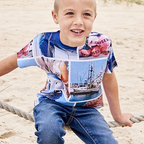 For super soft t-shirts that will age to become the softest, yummiest t-shirt your kids have. Better than cotton, cool feel, moisture wicking, and quick dry technology. Excellent for playing indoors or outside.  #marinalife #modernmariner #sailing #littlesailor #kidsbeachlife #kidsactivewear #boystshirts #phototshirts #boysgraphictshirts #moisturewickingtshirts #kidsathleisurewear #boysfashion #kidssunprotectivelayering #kidsfuntime  https://store.sunpoplife.com/products/boys-marina-photo-collage-t-shirt