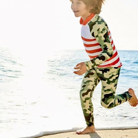 Green camo is in! Especially when paired with orange for a pop of color!  #sunpoplife #sunprotection #kids want to wear  #sunprotectionforkids #kidssunprotection #kidsrashguardset #kidsrashguards #kidsleggings #kidsbeachwear #kidsactivewear #kidscamo #camoforkids#greencamo #orange #playingoutside #summer #summersunsafetymonth
