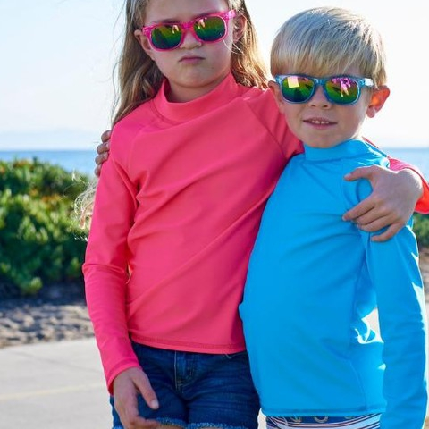 Don't let the winter fool you, your eyes need year-round sun protection! Our stylish pink and blue sunglasses are UV blocking and a perfect accessory to your kid's winter wardrobe! And not to mention, a perfect stocking stuffer!! #topictuesday #eyeprotection #sunpoplife #kidssunprotection #kidsrashguards #brightcolorrashguards #kidseverydaywear #kidsathleisurewear #kidshappiness #kidssports #familyactivities #pink #blue #christmasgifts #giftseason #stockingstuffer #uvsunglasses #givethegiftofsunprotection #teachthemearly #goodhabits #december