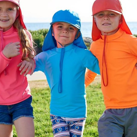 Last day of 2018 and these fabulous, smart cookies are looking fly in our new solid color rash guards and sun protective kids' legionnaire hats! The best sun protection starts from the top!  P.S. Start the new year with our stylish shades! Our eyes require year-round sun protection. Don't let the winter fool you  #sunpoplife #kidssunprotection #kidsrashguards #brightcolorrashguards #kidseverydaywear #kidshats #kidsathleisurewear #kidshappiness #kidssports #familyactivities #kidsrashguards #kidssshorts #giftseason #givethegiftofsunprotection #teachthemearly #goodhabits #winterbreak #mixandmatch #blue #pink #orange #kidfashion #kidstyle #december #lastdayof2018 #newyear