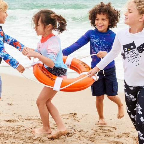 Rash guard tops are the smartest way to protect kid's upper body during extended sun exposure in all types of environments. Think of them as the ultimate long sleeves sun protective t-shirt for any daily activity at the beach, pool, park or playground.  Crafted in our chemical-free UPF 50+ fabric that blocks 99.8% of UV sun rays will keep kids cozy in and out of water.  Use code RASHT4U to save 30% when you shop any of our RASH GUARDS. Offer starts Tuesday 11/19 12AM and ends Sun 11/24 12PM . . . . #sunpoplife #kidrashguards #girlsrashguards #boysrashguards #hybridrashguards #longsleeverashguards #rashguardset #sunshirts #rashguardsforgirls #unisexrashguardsforkids #moisturewicking #swanrashguards #owlsrashguards #cosmosrashguards #koifishrashguard #butterflyrashguards #nauticalrashguards #palmtreerashguards #kidsgifts #giftsideas #recycle #thanksgiving #blackfriday #smallbusiness #shopsmall #nationalentrepreneursmonth #november