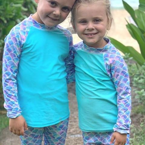 Sunday Funday Sisters Love!  #hawaii #northshore #oahu #sunpoplife #UPF50 #chemicalfreesunprotection #kids #upfclothing #girlsswinsuits #girlsactivewear #girlshybridclothes #girlsswimwear #giftideas #girlsbeachwear #girlsrashguards #girlsleggings #2pcsrashguardsets #protecttheirskin #sunscreenalternative #familyadventures #vacations #avoidsundamage #scaliegirlie #mermaids #fishscales #sunday #longlastingsunprotection #nationalentrepreneursmonth #smallbusiness #november