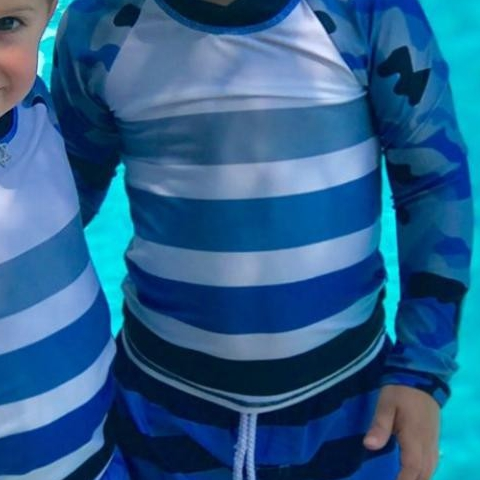 Love to take pictures of your infant & toddler? Snap a picture of them wearing Sun Pop Life Outfits and share with us!  Thank you Sofia @threeunder2 for sharing this lovely picture of the boys in their blue camo rash guards - - - #stylesaturday #babyupfclothing #toddlerupfclothing #sunprotectionforbabies #ecoclothesforkids #sunblockerleggings #longsleeverashguards #rashguardset #UPF50 #Saturday #Style
