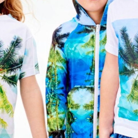 Happy Friday! Looking for a new favorite outfit that your kids will want to wear and you will love? Check out what we have at sunpoplife.com! - - Geo tropical Collection - - #sunpoplife #fashionfriday #hybridclothing #kidsoutfits #capsuledressing #kidstshirts #kidshoodies #kidshorts #kidsleggings #kidsrashguards #kidsleggings #unisexkidsclothes #kidsupfclothes #ecofriendlyclothes #madeintheUSA